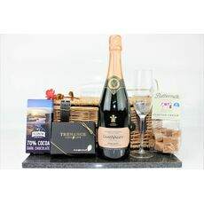 Mother's Day Pink Sparkle & Sweet Treats Hamper