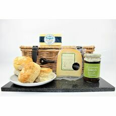 Cornish Cheese Lover's Treat Hamper