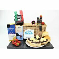 Classic Cornish Coffee Break Hamper