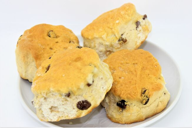 Chapel Bakery Fruit Scones (Pack of 4)