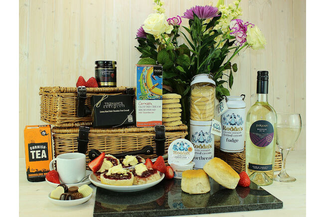 Easter Afternoon Indulgence Hamper