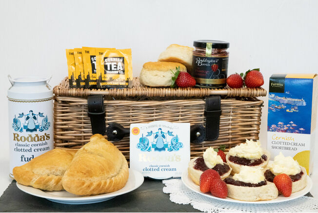 \'The Ultimate Taste Of Cornwall\' Hamper