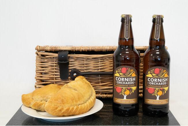 Classic Cornish Cider & Pasty Hamper